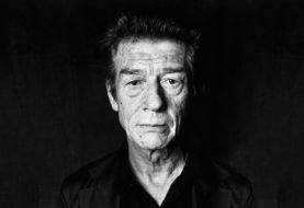 John Hurt: scomparso a 77 anni l'Elephant Man di David Lynch