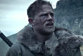 King Arthur: Il Potere della Spada, è online il nuovo trailer italiano