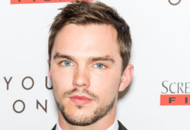 Nicholas Hoult, la star si unisce al cast di The Favourite