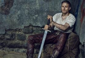 King Arthur: Il potere della spada, arriva in rete il banner ufficiale del film