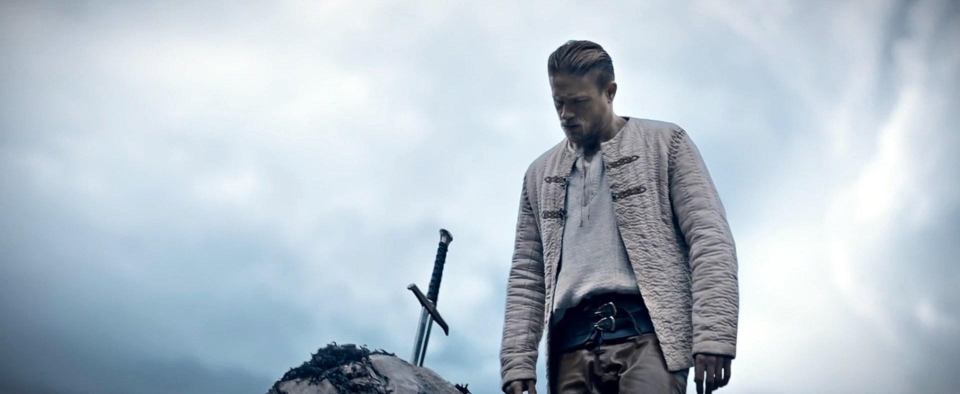King Arthur – Il potere della spada – Recensione