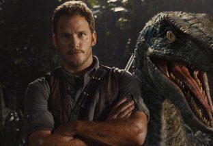 Jurassic World - Svelato il titolo del secondo film e il primo poster