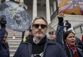 Joaquin Phoenix arrestato durante le proteste per il clima